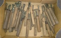 Lot 34-Decorative finishing tools.