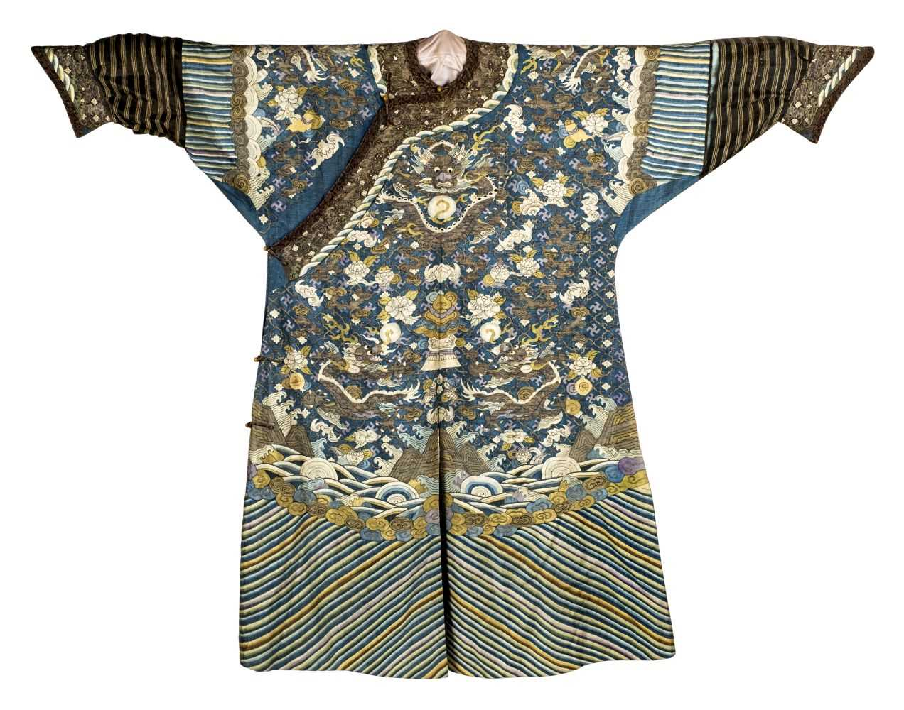 142 - Chinese Dragon Robe.  A kesi silk nine-dragon robe, late Qing Dynasty