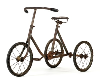 Lot 526-Tricycle. A 1920s child's tricycle