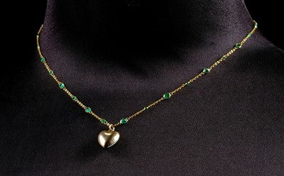 Lot 16-Necklace. An 18ct gold chain set