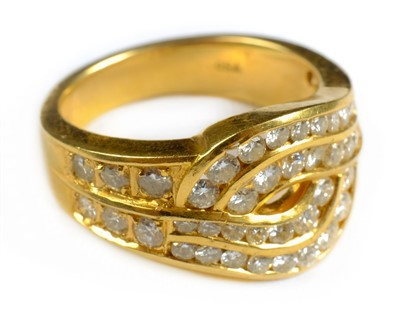 Lot 22-Ring. An 18ct gold ring