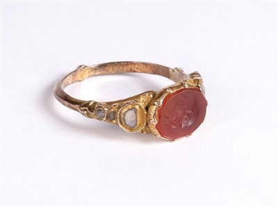 Lot 24 - Ring. An 18th century Grand Tour ring