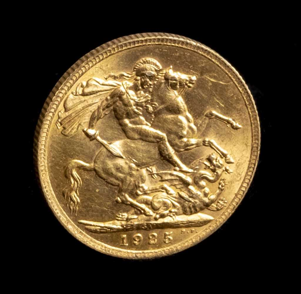 Lot 35 - Sovereign. A full gold sovereign, George V, 1923