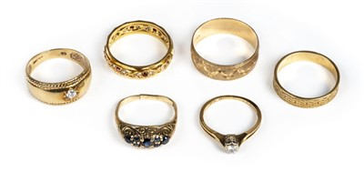 Lot 28 - Rings. A mixed collection of gold dress rings