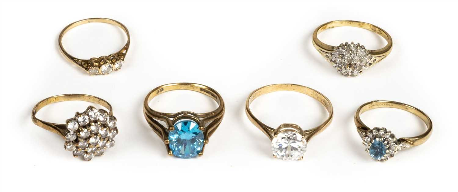 Lot 26 - Rings. A collection of dress rings, mostly 9ct gold