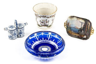 Lot 69 - Ceramics & glass. An early 20th-century Royal Worcester twin handle dish and other items