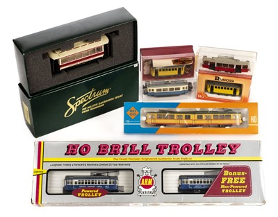 Lot 9-Trams. A collection of powered tram car models