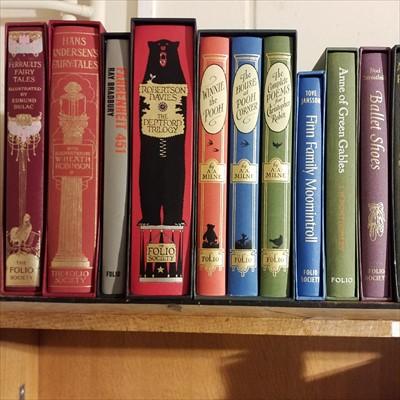 Lot 427 - Folio Society. 44 volumes