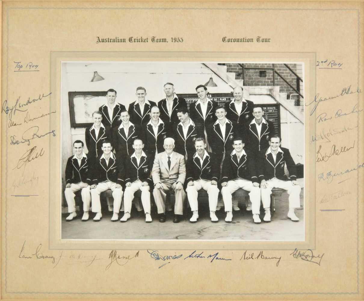 Cricket. Australian Cricket Team 1953 Coronation Tour signed photograph