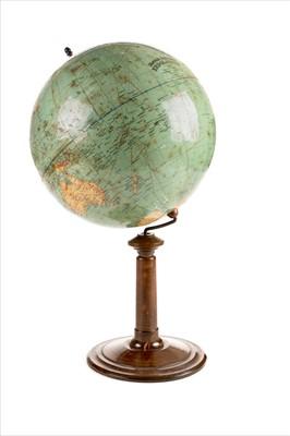 Lot 18-Globe. Dietrich Reimers Erd Globus, Berlin 1927