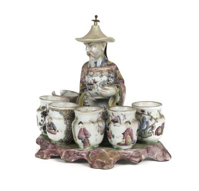 Lot 48-Brush Pot. A Chinese porcelain brush pot c.1800-50