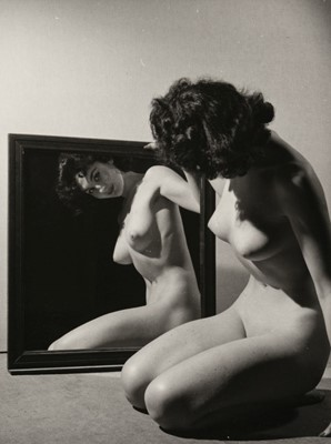 Lot 45-Female Nudes. A group of 32 vintage gelatin silver print photographs by Stephen Glass, c. 1940/1950s