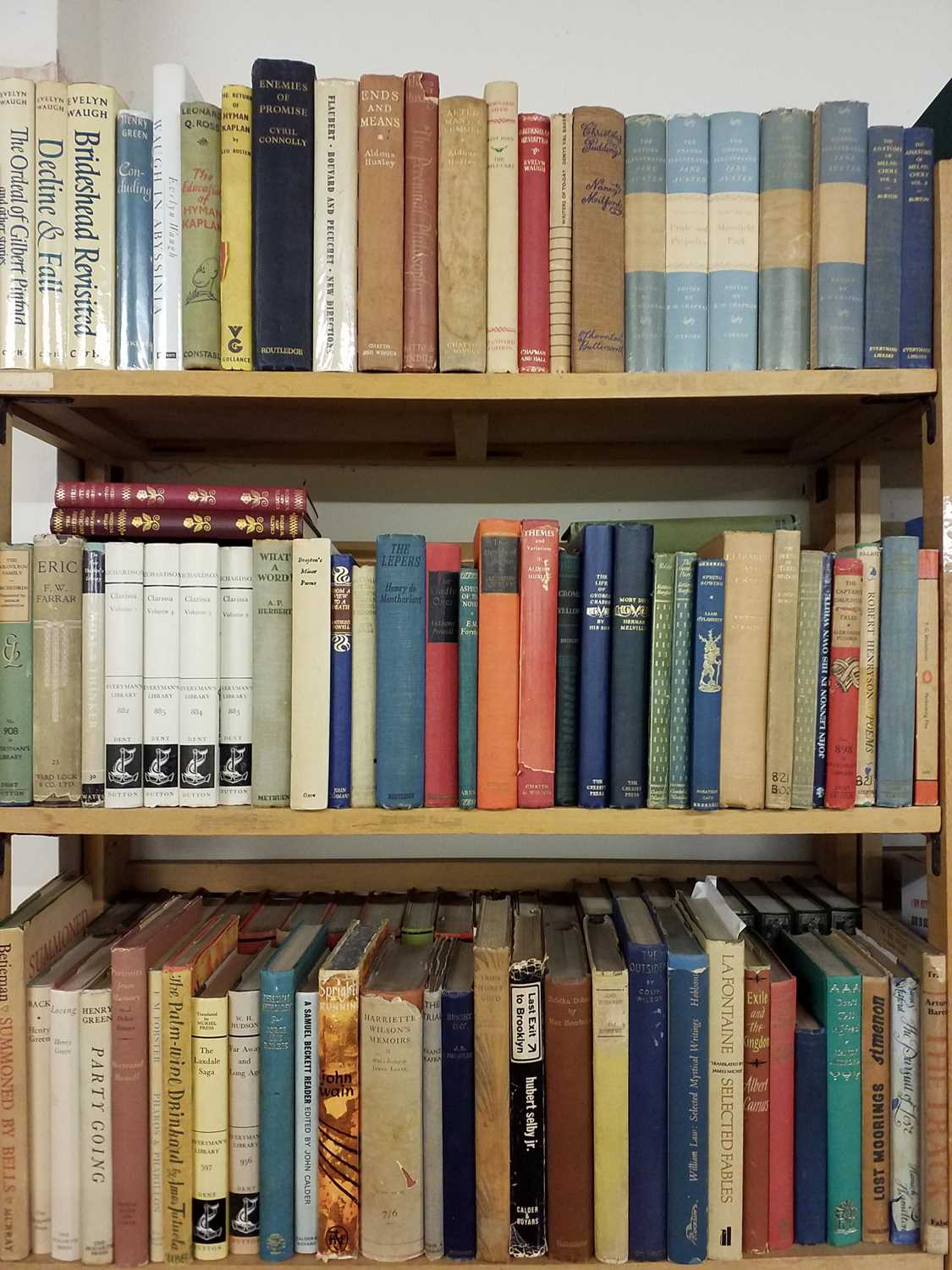 Lot 414 - Fiction. A large collection of mid 20th century fiction