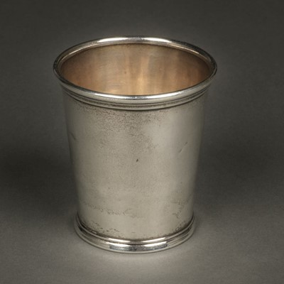Lot 3 - American Silver. Beaker by William Kendrick, Louisville circa 1830