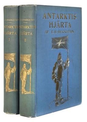 Lot 32 - Shackleton (Ernest H.). Antarktis' Hjärta [The Heart of the Antarctic], 1st edition in Swedish, 1910