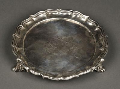 Lot 44 - Salver. William IV silver salver by Edward Barnard & Co, London 1836