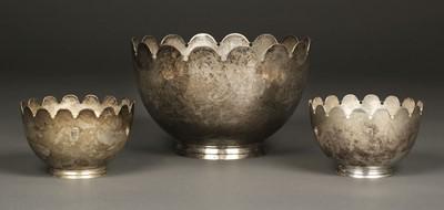 Lot 17 - Bowls. George V silver bowls