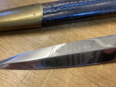 Lot 435 - Tom Beasley Commando Fighting knife