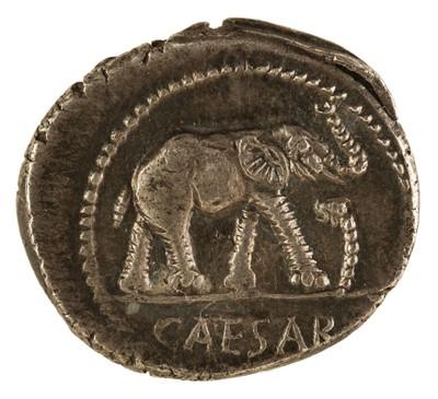 Lot 3 - Coin. Roman Empire. Julius Caesar, Denarius, c. 49-48 BC