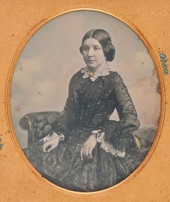 Lot 29 - Daguerreotypes. A group of 10 daguerreotypes of men and women, circa 1850s/1860s