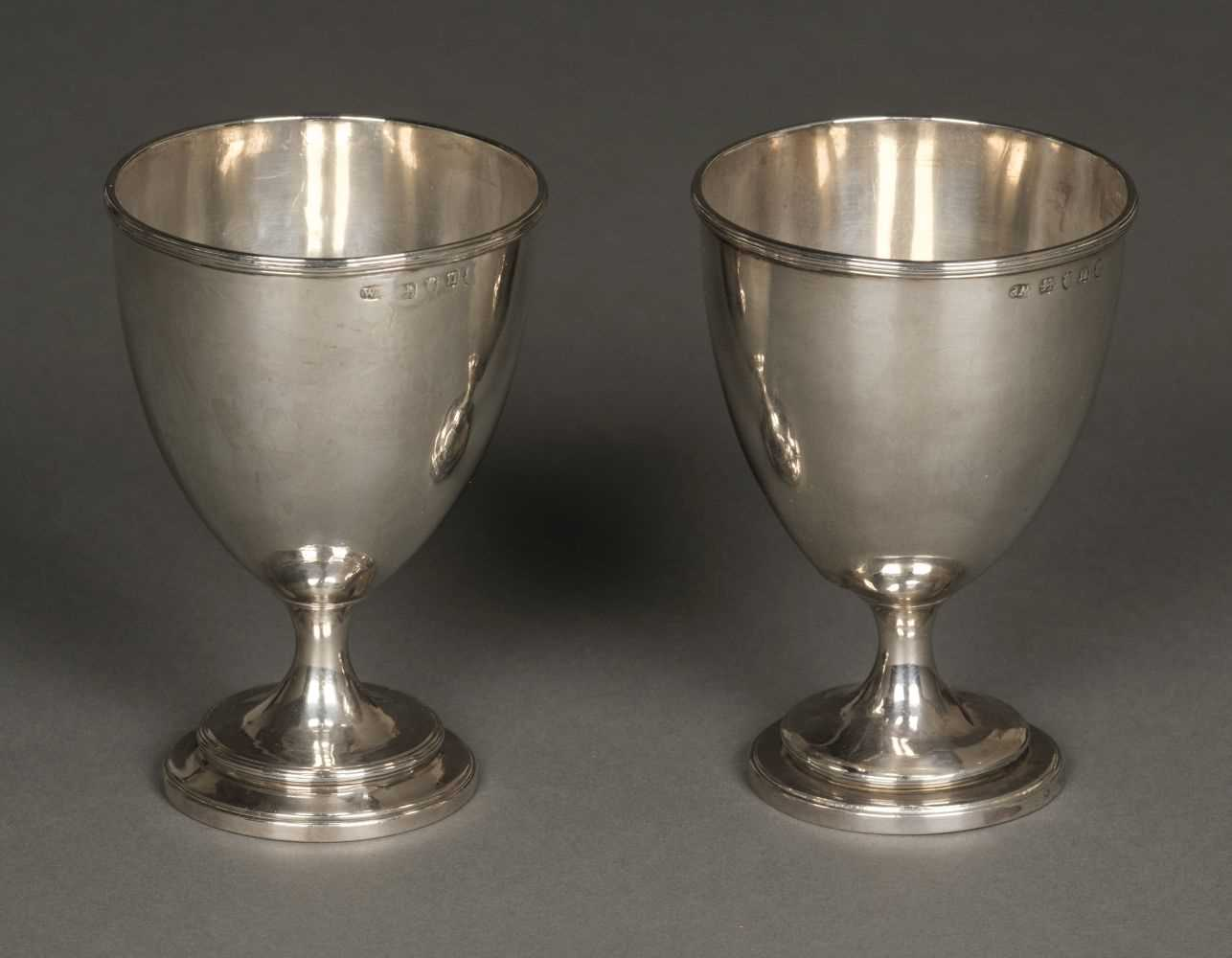 Lot 25 - Goblets. Pair of George III silver goblets by William Pitts, London, 1788