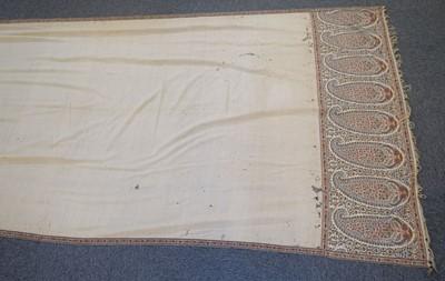 Lot 306 - Shawl. An early Kashmir shawl, circa 1800
