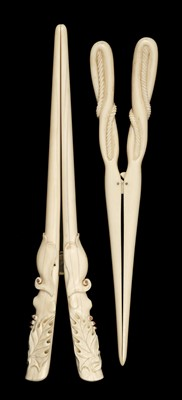 Lot 57 - Glove Stretchers, Victorian ivory glove stretchers