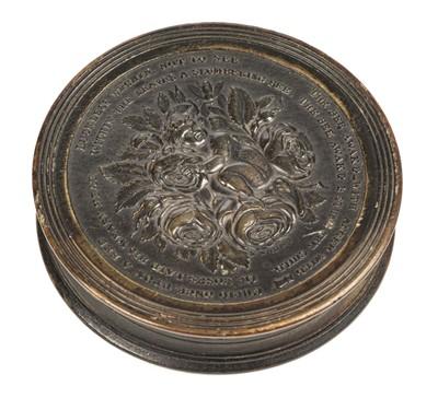 Lot 69 - Snuff Box. 19th century pressed horn snuff box