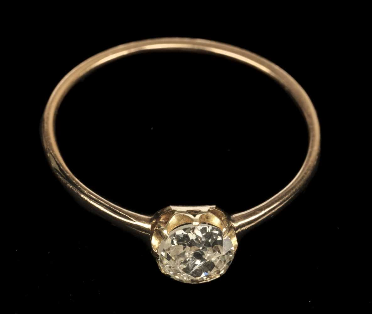 Lot 20 - Ring, Diamond solitaire ring
