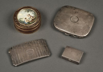 Lot 215 - Silver Card Case. A mixed collection of silver and 18th-century patch box