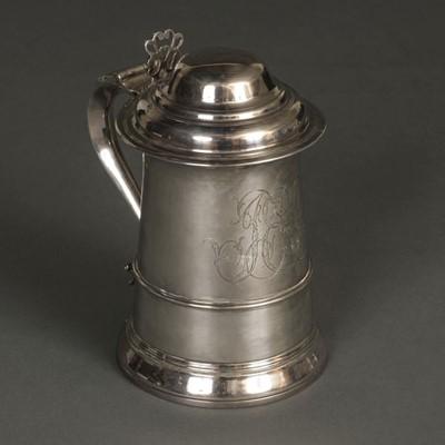 Lot 217 - Tankard. A George III silver tankard by John Swift, London 1773